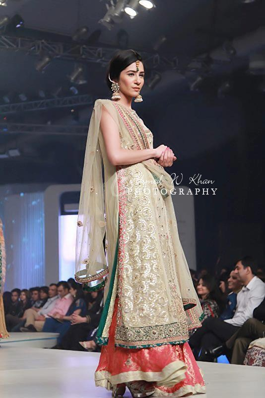2013 Xevor Jewellery Designs At Pantene Bridal Couture Week  10