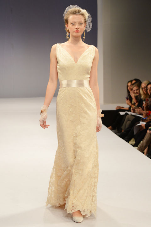 Anne Barge top Bridal Gowns