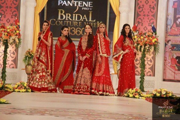 Charu Parashar Bridal fashion Dress5