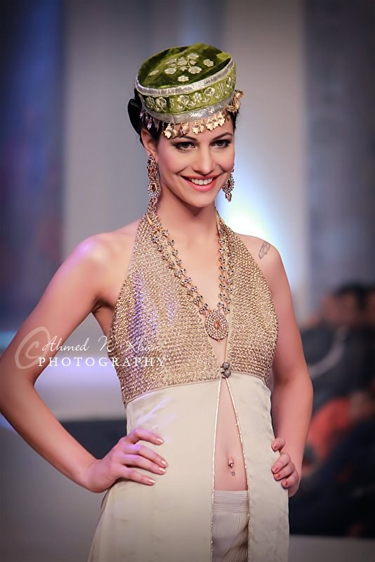Pantene Bridal Couture Week 2013, Day 2 (5)