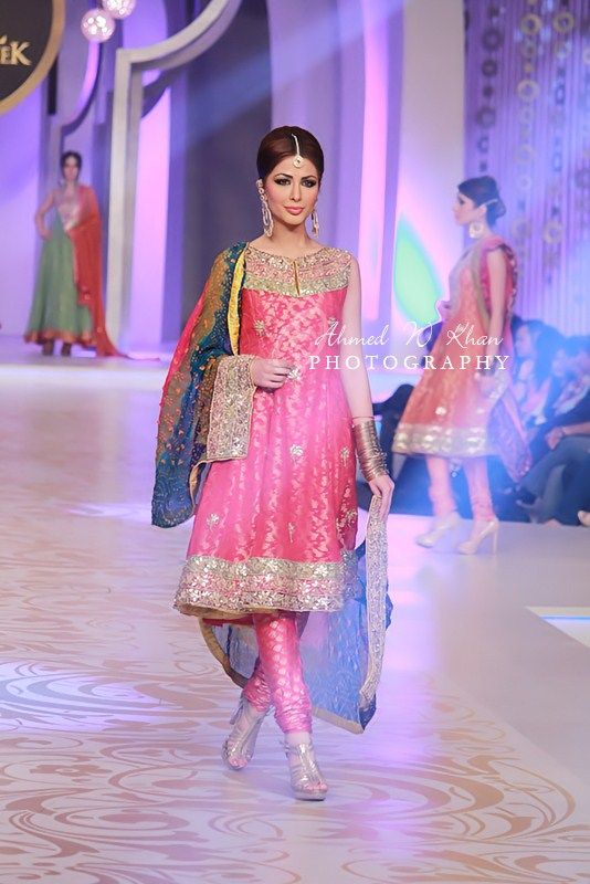 Teena By Hina Butt in Pantene Bridal Couture 2013 (3)