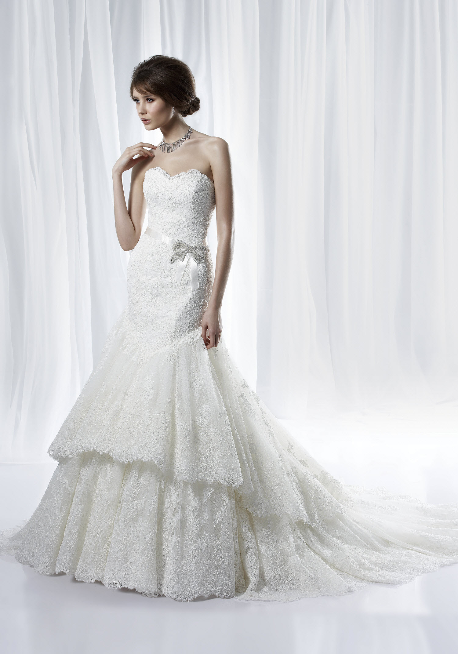 bridal lace sweetheart neckline gown