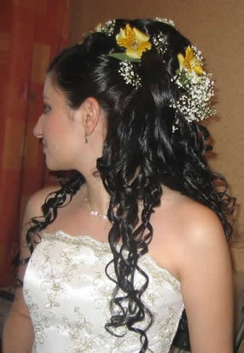 2013 Bridal Hairstyle With Long Hairs