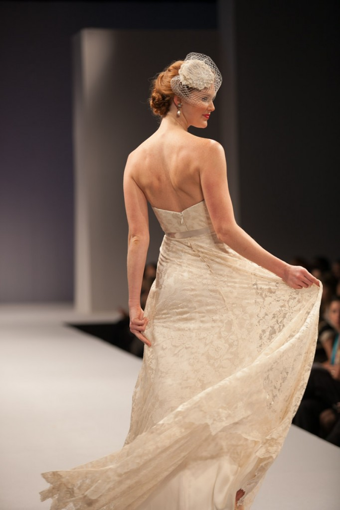 Anne Barge zeo back Bridal Gowns
