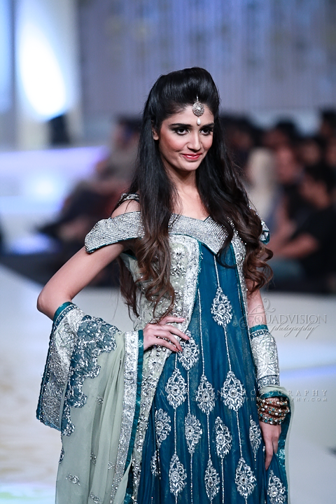 Lajwanti Collection at Pantene Bridal Couture Week 2013 (7)
