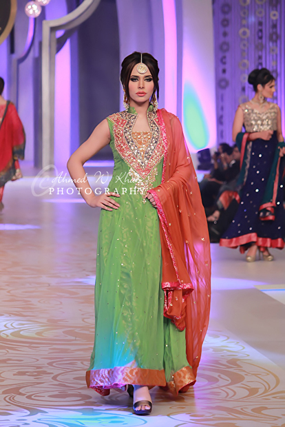 Teena By Hina Butt in Pantene Bridal Couture 2013