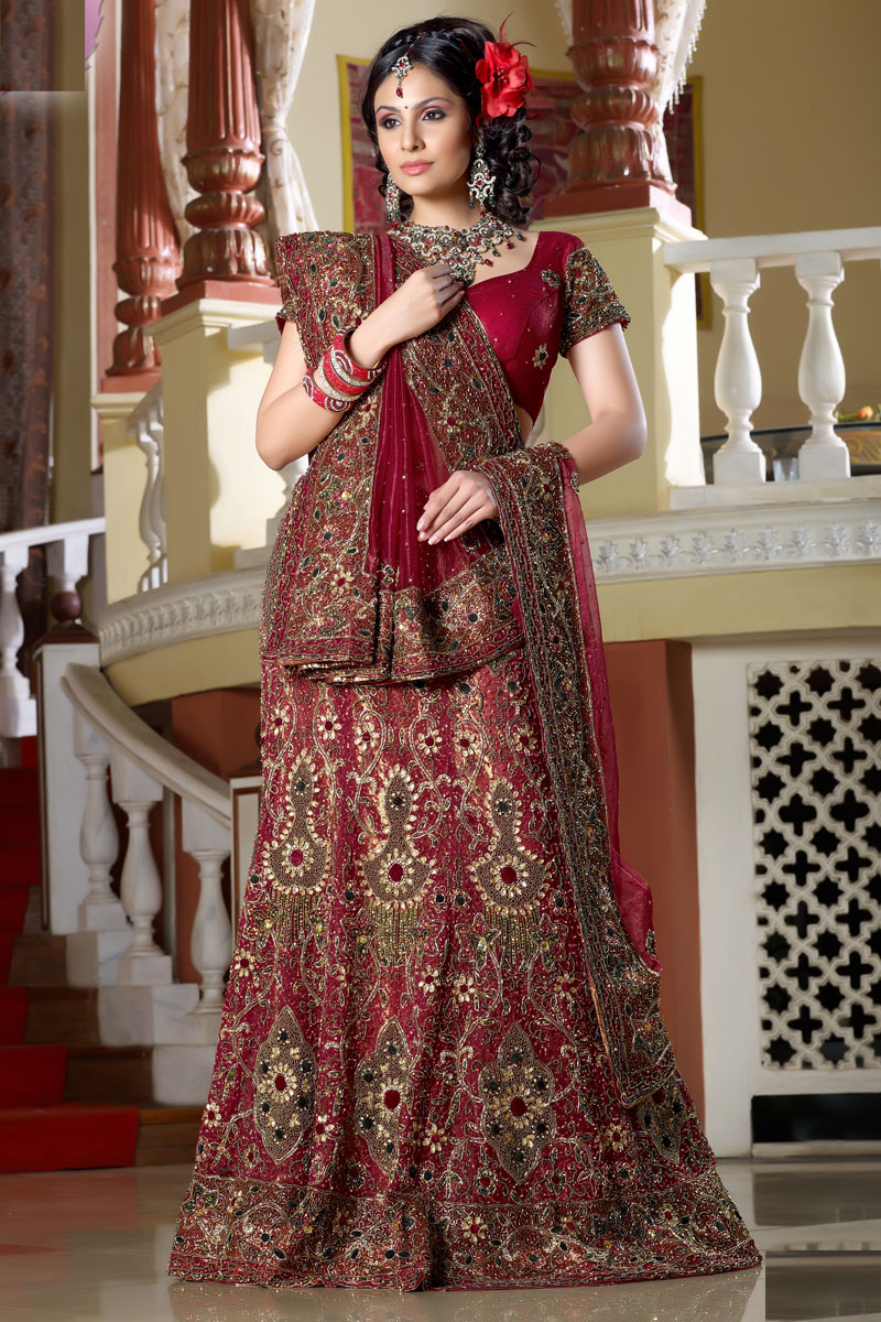 Thread Work Bridal Lehenga9