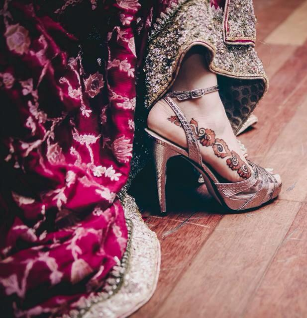 lehenga matching heel shoes